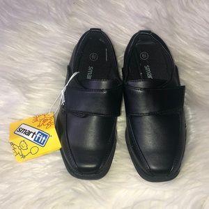 Toddler 6 1/2 smart fit dress shoes